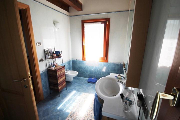 Bagno privato camera matrimoniale (con idromassaggio)